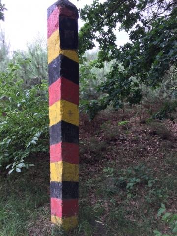 DDR-Grenzpfeiler