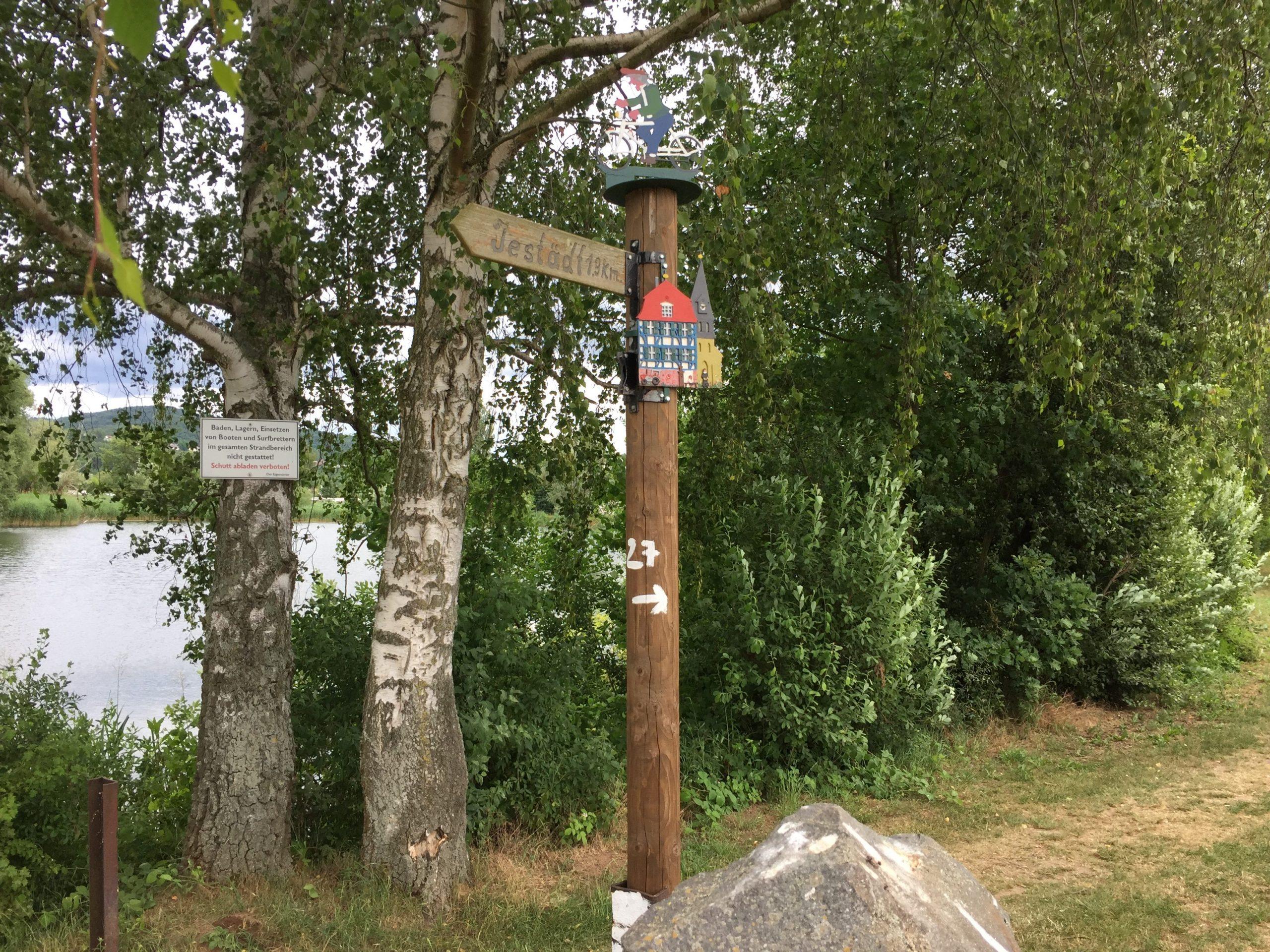 Wegweiserkunst bei Eschwege