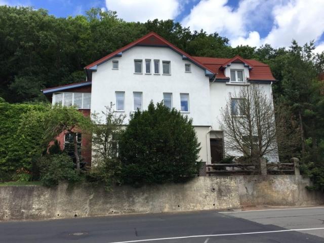 Geteiltes Haus der Familie Hoßfeld