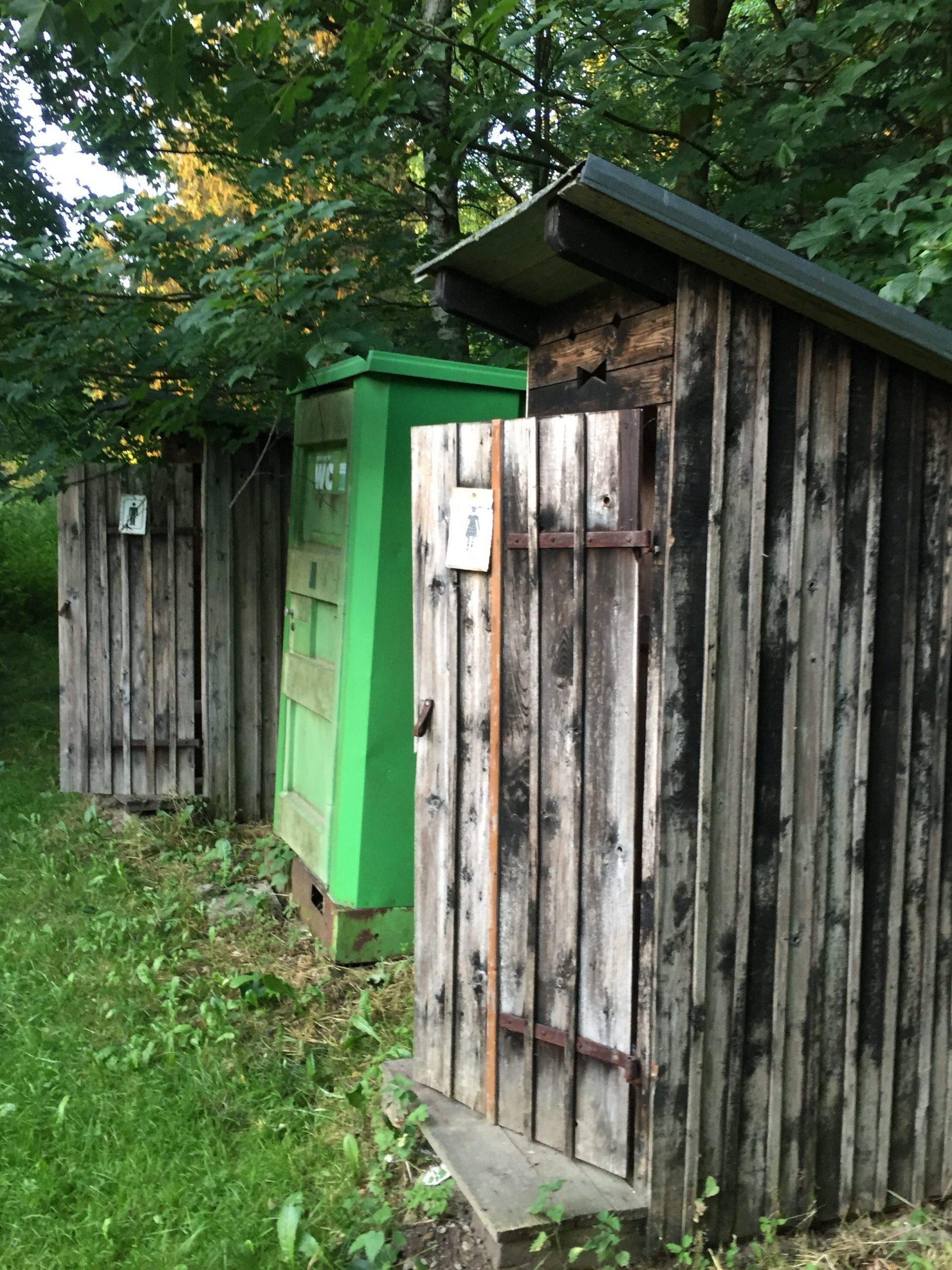 Tschechische Toilettenhäuschen